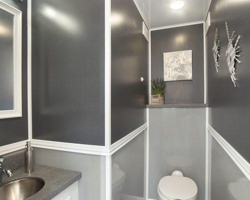 3-stall-interior2